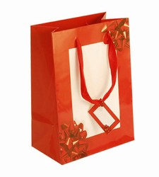 Medium-Red Bow-Paper Bags with Gift Tag